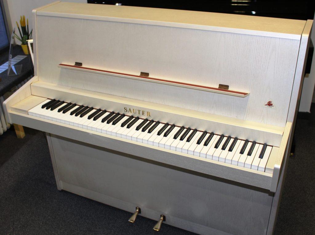 Sauter Klavier